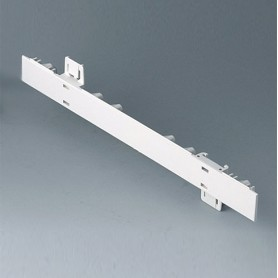 A0105270 / Panel lateral 0.5 HE - ABS (UL 94 HB) - off-white RAL 9002 - 250x22,25mm