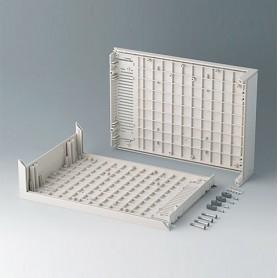 B2011007 / L-Carcasas D 160, sin agujeros - ABS (UL 94 HB) - off-white RAL 9002 - 290x200x74mm