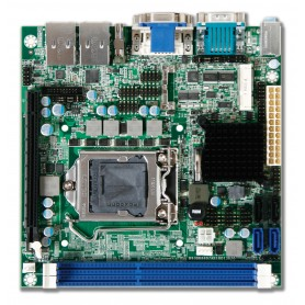 WADE-8013 / Placa MINI-ITX industrial