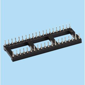 8421 / Zócalo hembra PIN torneado