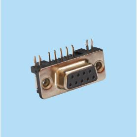 8005 / Conector hembra SUB-D acodado