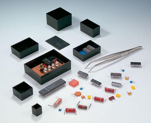 Cajas termoestables para encapsular componentes electrónicos
